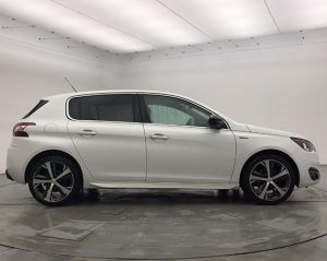 Image of a Peugeot 308.